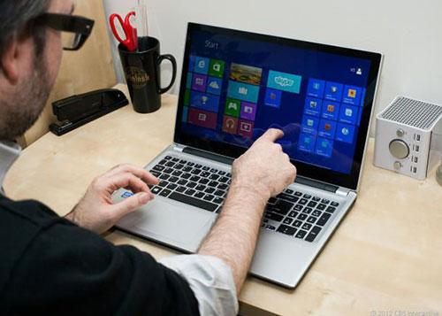 5 ly do khong nen mua laptop man hinh cam ung - 1