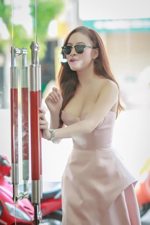 angela phuong trinh vai tran nuot na tai ha noi - 5