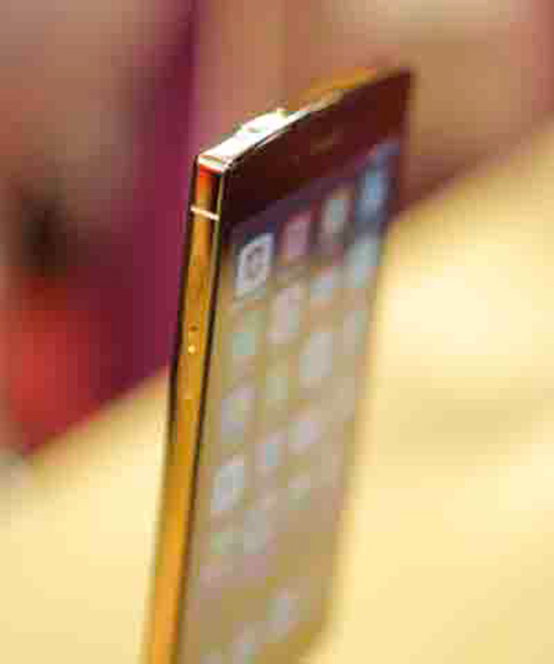 "can canh bphone: ""sieu pham smartphone hang dau the gioi"" - 3"