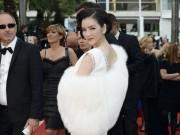 """Hậu trường - Lý Nhã Kỳ giãi bày chuyện """"đến Cannes với tư cách gì"""""""