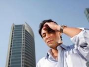 Sức khỏe - Cách sơ cứu người say nắng hiệu quả