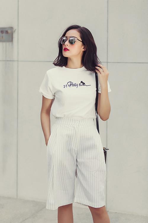 hot girl toc ngan mach nuoc mac ao phong that xinh - 7