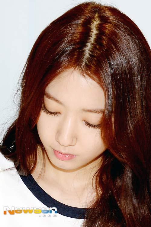 lo anh dam cuoi bi mat cua won bin - lee na young - 12