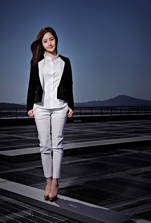 "park min young vuong ""tinh tay ba"" trong phim moi - 3"