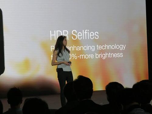 Asus ra mắt smartphone chụp tự sướng ZenFone Selfie-9