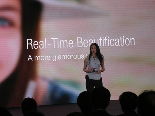 Asus ra mắt smartphone chụp tự sướng ZenFone Selfie-12