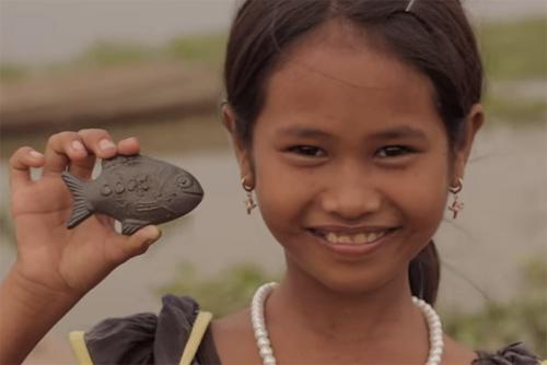 Đây là lý do người Campuchia cho cá sắt vào nồi khi nấu nướng-3