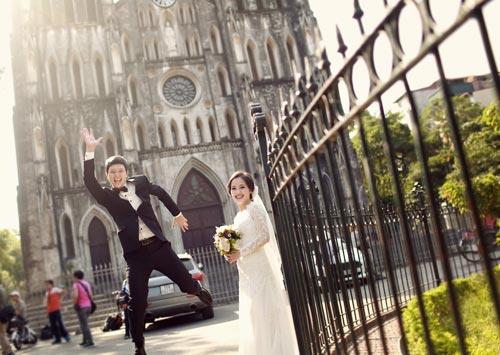 Ảnh cưới giữa phố phường của cặp đôi yêu nhau 10 năm-6