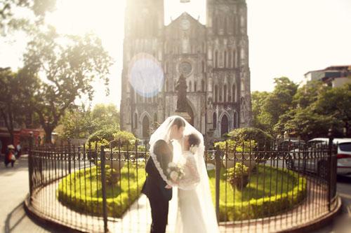 Ảnh cưới giữa phố phường của cặp đôi yêu nhau 10 năm-8