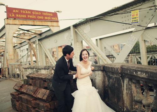 Ảnh cưới giữa phố phường của cặp đôi yêu nhau 10 năm-5