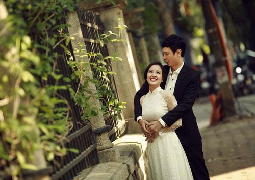 Ảnh cưới giữa phố phường của cặp đôi yêu nhau 10 năm-10