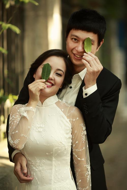 Ảnh cưới giữa phố phường của cặp đôi yêu nhau 10 năm-9