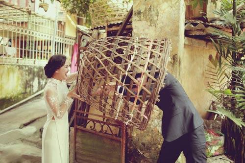 Ảnh cưới giữa phố phường của cặp đôi yêu nhau 10 năm-12