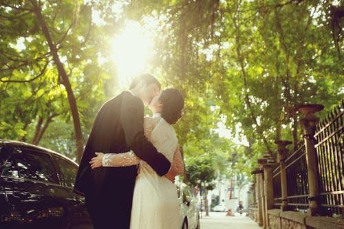Ảnh cưới giữa phố phường của cặp đôi yêu nhau 10 năm-14