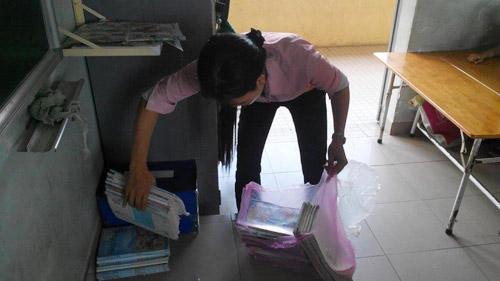 Cô giáo kêu gọi ủng hộ đồ dùng cho học sinh nghèo-3