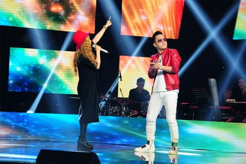 "the voice: co gai ""vua an keo vua hat"" ve doi mr. dam - 12"