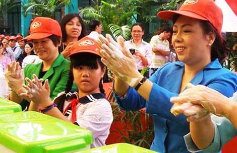 """san bay tan son nhat """"tiep don"""" benh nhan mers the nao? - 8"""