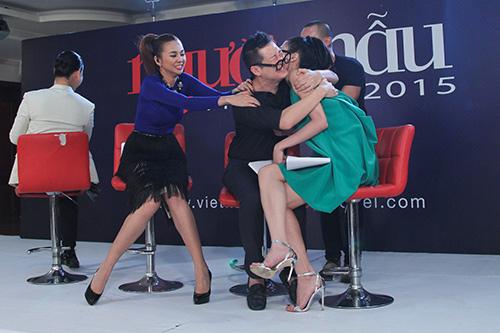 """vntm 2015: nhung bieu cam """"kho do"""" cua giam khao thanh hang - 3"""