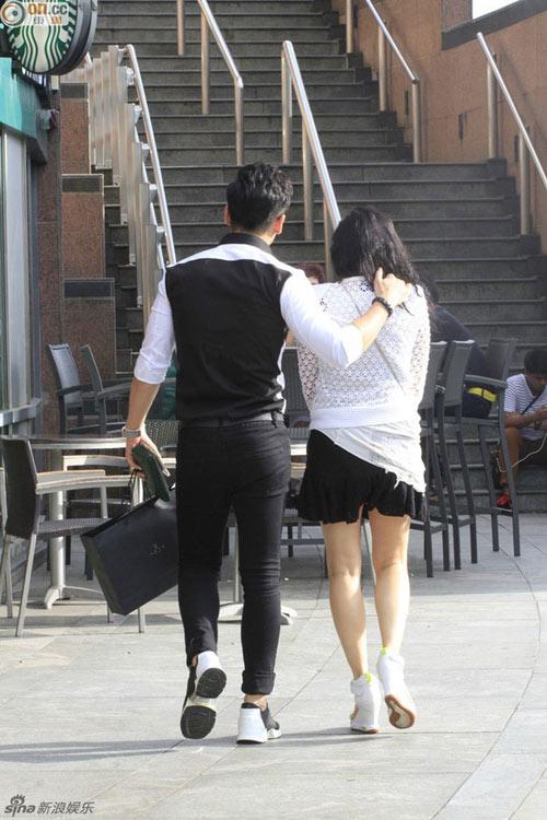 """huynh dich lo mat """"sung phu"""" xuong sac - 12"""