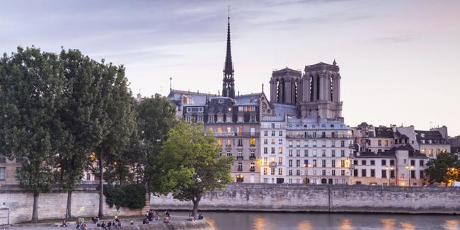 Những ngôi nhàrất đáng yêu và ấm cúng khiến bạn có thể bỏ qua tháp Eiffel để ở lại.