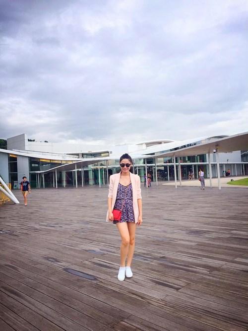 vo dang khoi than thiet voi me chong tai singapore - 7