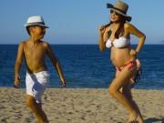 Bà bầu - Kiwi Ngô Mai Trang khoe bụng bầu 8 tháng với bikini
