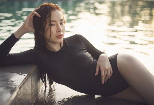angela phuong trinh khoe sac voc nuot na dang ghen ti - 1