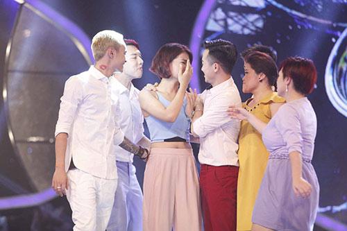vietnam idol: ha nhi duoc bgk cuu vao phut chot - 12