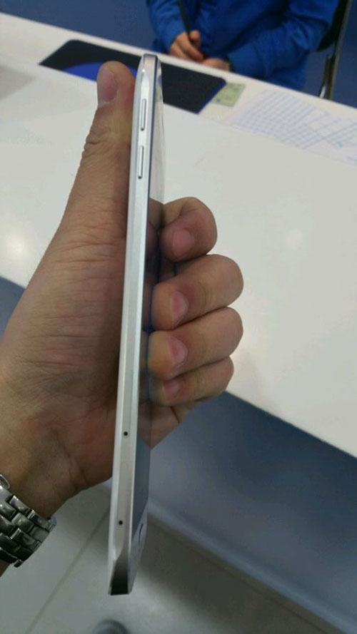 smartphone kim loai, thiet ke sieu mong cua samsung lo anh - 4