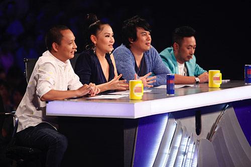 "vietnam idol: ""ma ca rong"" ngoc viet bi loai sau khi doi luat choi - 1"