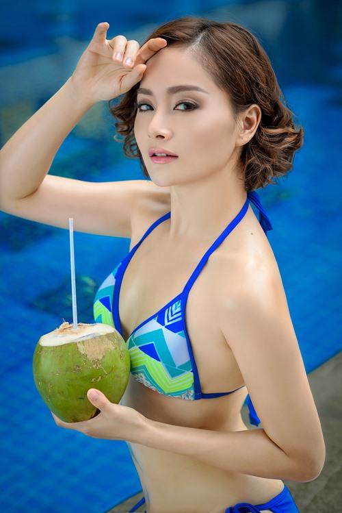lan phuong khoe duong cong voi bikini o tuoi 32 - 10