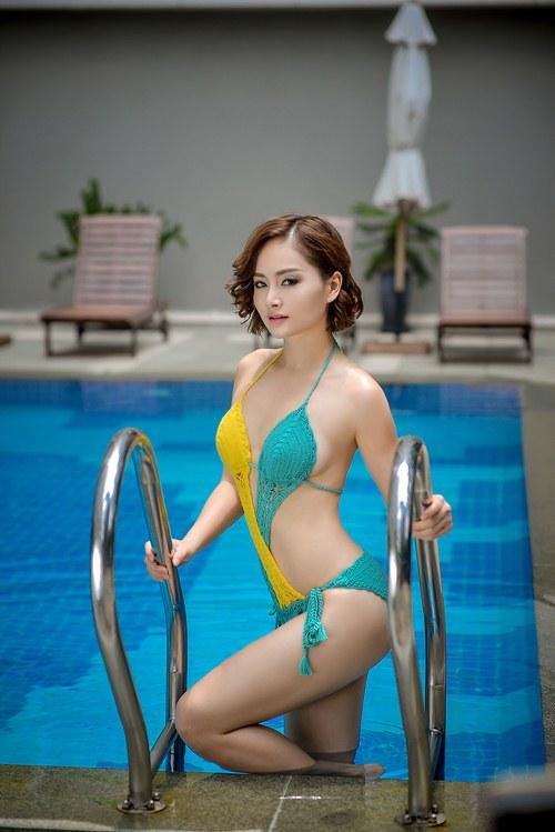 lan phuong khoe duong cong voi bikini o tuoi 32 - 8