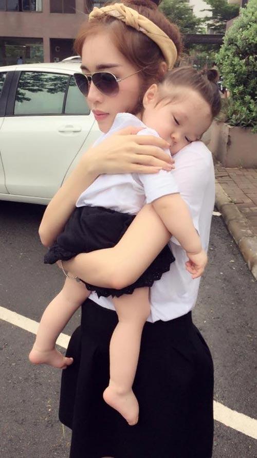 "angela phuong trinh: ""nhan sac toi mai mai truong ton"" - 5"
