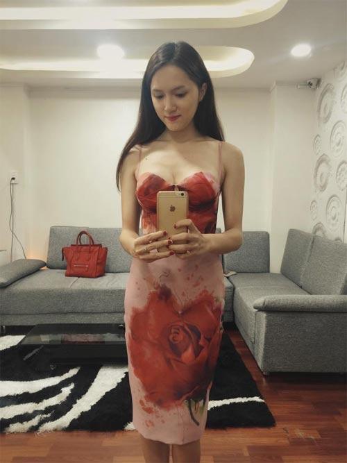 "angela phuong trinh: ""nhan sac toi mai mai truong ton"" - 13"