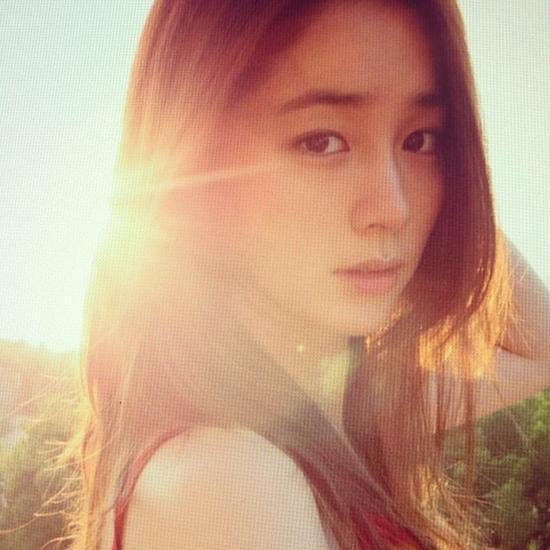 lee min jung lan dau chinh thuc lo dien sau sinh - 4