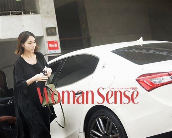lee min jung lan dau chinh thuc lo dien sau sinh - 1
