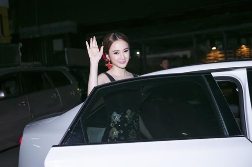 angela phuong trinh xuat hien dang cap tai su kien - 1