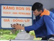 Mua sắm - Giá cả - Xăng dầu vẫn tăng vọt dù giá nhập giảm tới 40%