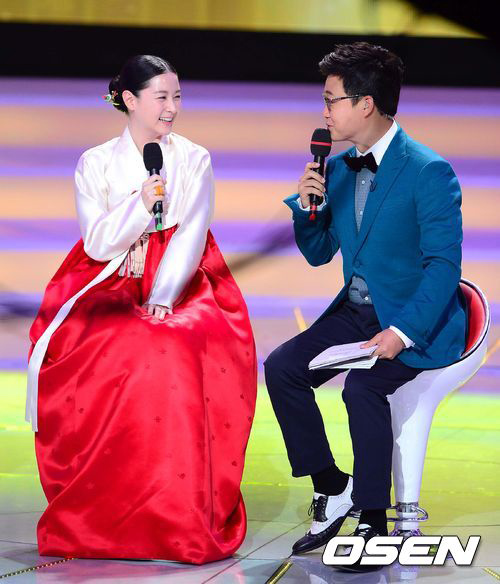 cham diem sao han mac ao hanbok truyen thong - 4