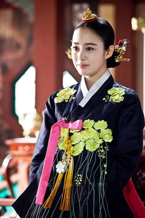 cham diem sao han mac ao hanbok truyen thong - 8