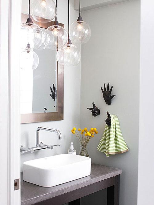 Mẹ khéo tay làm mới không gian phòng tắm-4
