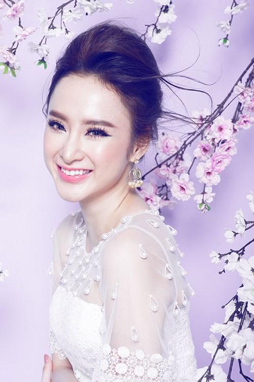 angela phuong trinh vo cung cuon hut du khong chieu tro - 4