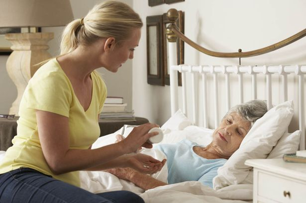 Bệnh nhân ung thư giai đoạn cuối điều trị ở nhà sống lâu hơn ở bệnh viện-1