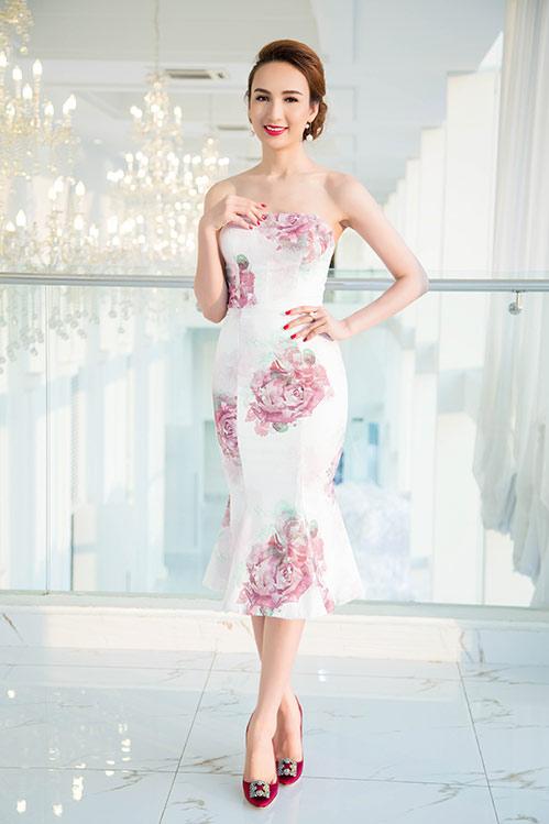 Hoa hậu Ngọc Diễm eo thon, lưng ong hút mắt người đối diện-1