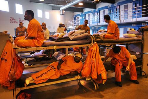 Số phận bi thảm của một tội phạm ấu dâm trong nhà tù Mỹ-2