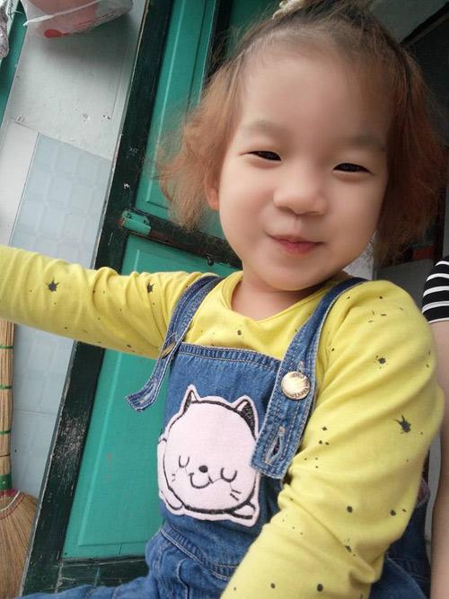 Trần Trang Anh - AD78493-4