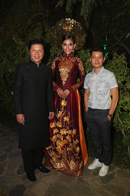 """Á hậu Trương Thị May """"mặc lại"""" áo dài từng thi Miss Universe 2013-3"""
