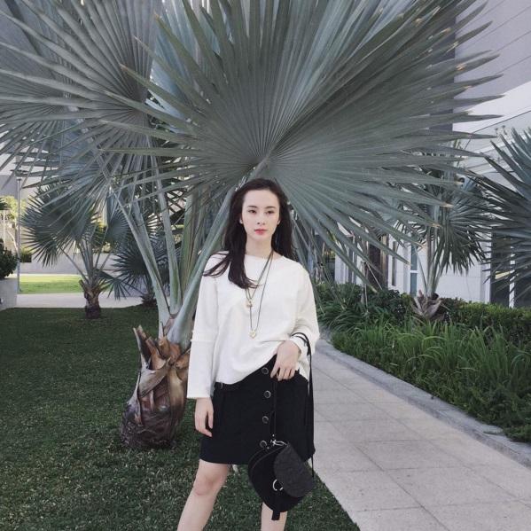 Angela Phương Trinh vẫn sành điệu với túi xách 700 ngàn đồng-1