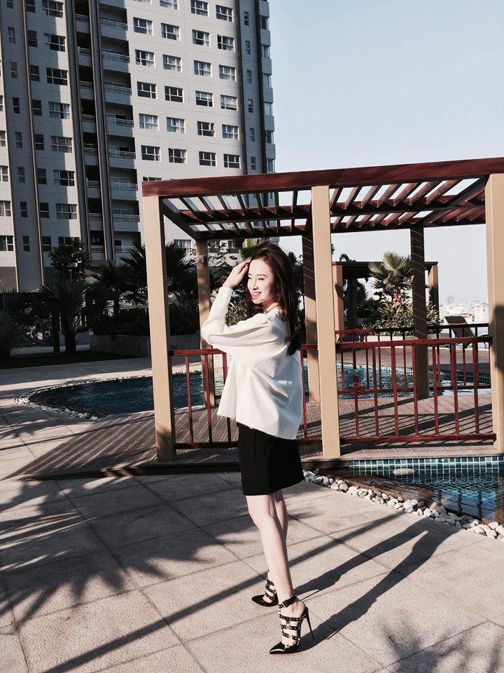 Angela Phương Trinh vẫn sành điệu với túi xách 700 ngàn đồng-2