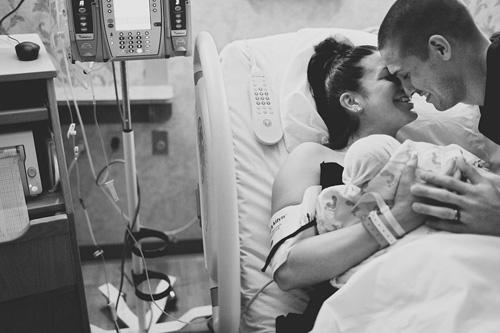 Hành động của chồng khiến vợ thích mê khi sinh nở-8